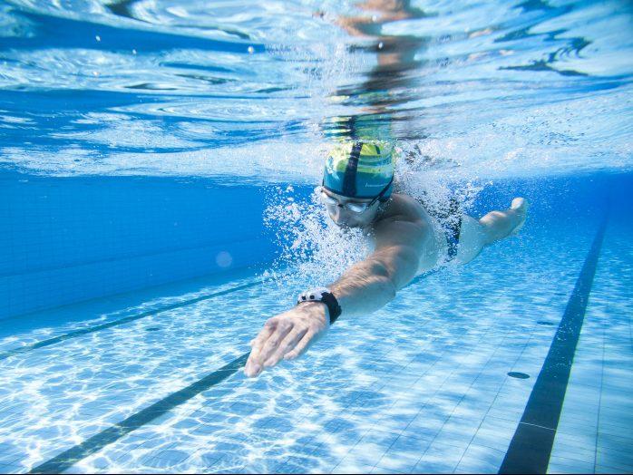 Plavání – seriál č.1 – Motivace skočit do bazénu